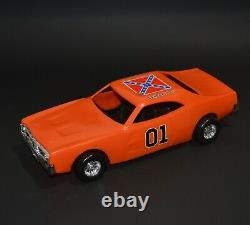 The General Lee The Dukes Of Hazzard Vintage 1980 Mego 10 Plastic Car