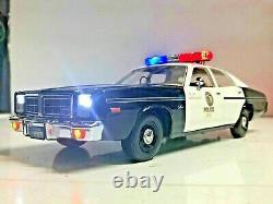 The Terminator LAPD 1977 Dodge Monaco Los Angeles Police WORKING LIGHTS 1/18