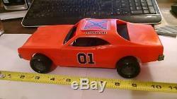 Vintage 1981 Mego Dukes of Hazzard General Lee Car flip top roof RARE